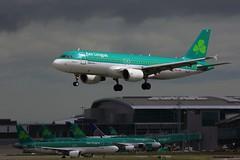 EI-DVJ Aer Lingus Airbus A320-214 (foto-metkemeier.net) Tags: dublin airport airbus boeing aerlingus dublinairport eidw