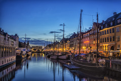 Nyhavn blue hour (Daniel Schwabe) Tags: sunset night copenhagen denmark boats nyhavn canal bluehour pwpartlycloudy