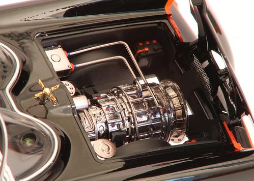 Batmobile_motore2