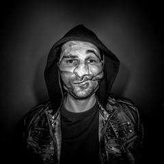 tape (thombe77) Tags: portrait bw white black face self canon dark square eos gesicht flash tape 7d sw blitz schwarz dunkel ringflash selfie quadrat quadratisch weis tesa verzerrt klebeband