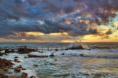Piriapolis. (Ariel NZ) Tags: costa uruguay muelle mar cielo nubes tormenta olas piriapolis