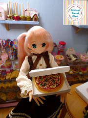 Box of pizza (Littlest Sweet Shop) Tags: miniature doll handmade ooak 16 azone playscale