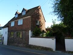 Westerham - Sevenoaks Kent (101) (Royan@Flickr) Tags: house green monument river james town kent general quebec churchill sir winston sevenoaks westerham wolfe darent 20120907