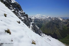 Orizzonti dal ripido versante ovest del Pizzo Berro (EmozionInUnClick - l'Avventuriero's photos) Tags: panorama montagna sibillini pizzoberro