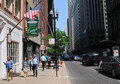 Washington St. east of Wells (Cragin Spring) Tags: street city people urban usa chicago building illinois spring midwest downtown unitedstates loop flag unitedstatesofamerica chitown il chicagoloop chicagoillinois chicagoil windycity