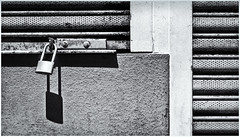 untitled-020-Edit (Black and White Fine Art) Tags: textura kodaktrix400 kodakd76 industar225cmf35 canonlld21955