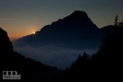 Der letzte Blick (anner.net) Tags: tirol österreich sonnenuntergang berge alpen landschaft sonnenstrahlen kufstein abendstimmung pendling kalendermotiv