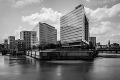 Greyfilter Testing #2 (lenseviews.de) Tags: test grey this is blackwhite long hamburg kitsch testing filter hh exposures welovehh ilovemyharbour