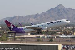 Hawaiian Airlines Boeing 767 N592HA-2670 (rob-the-org) Tags: kphx phx skyharborinternational phoenixaz hawaiianairlines boeing 767 n592ha departure terminal4 parkingp8 f11 160mm 1160sec iso100 cropped noflash topjune2016 topjuly2016
