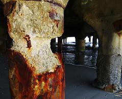 Couple, Atlantic City (lotos_leo) Tags: abandoned pier newjersey couple outdoor nj atlanticcity  sudoabstract