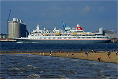Boudicca (Fred Olsen Cruise Lines) Departing Liverpool 30th May 2016 (Cassini2008) Tags: liverpool rivermersey portofliverpool fredolsencruiseshipboudicca
