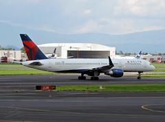 Boeing 757-200 Delta N662DN (tonypatriot2901) Tags: delta boeing mex 757200 mmmx aicm cdmx n662dn