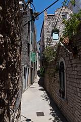 _MG_5936.jpg (location: unknown) Tags: europe structures croatia places infrastructure alleys kroatia hrvatska alleyways ibenik kujat