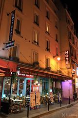 Rue de la Huchette Paris (tomosang R32m) Tags: paris france hotel  quartierlatin   ruedelahuchette 5 hoteldumontblanc