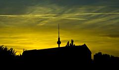 (Angela Schlafmtze) Tags: panorama berlin tramonto sonnenuntergang tetti himmel cielo infinito colori ausblick farben berlino dcher unendlich traumhaft irreale