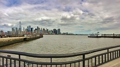 iPhone 6s panorama: njny (norlandcruz74) Tags: pano panorama iphone 6s nj ny njny norland cruz pinoy filam filipino pilipino liberty state park new jersey york city usa america hudson river cityscape