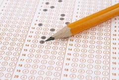 """""""กูเกิ้ล""""ออกฟีเจอร์ใหม่ตรวจข้อสอบได้     """"Google""""ออกฟีเจอร์ตัวช่วยตรวจข้อสอบแบบแม่นยำไม่ต้องง้อดินสอดำได้ใจทั้งครูและนักเรียน  http://nuclear.rmutphysics.com/blog-sci7/?p=4576"""