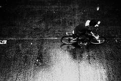 183/365 (Nico Francisco) Tags: street blackandwhite rain bike project 365 366