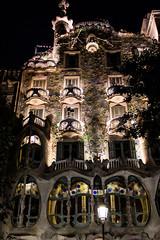 Casa Batll (Rubn Puga) Tags: barcelona monumento gaud batllo