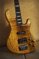 Cort gb-94 (Chris of Arabia) Tags: bass guitar bassguitar cort warmsun basslines seymourduncanpickups gb94 cortgb94