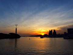 Sunset at Sentosa Broadwalk (Market Uncle) Tags: sentosa broadwalk vivocity