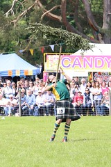 5D3_0512 (Ronnie Macdonald) Tags: scotland kilt highlandgames luss ronmacphotos