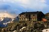 Un Nuovo Giorno al Rifugio degli Angeli (Roveclimb) Tags: mountain alps hiking hut val alm alpi montagna matogrosso aosta refuge rifugio angeli valledaosta escursionismo daosta rutor rifugiodegliangeli