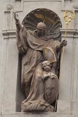008613 - Praga (M.Peinado) Tags: canon esculturas praha praga escultura chequia česko českárepublika 2013 ccby čr canoneos60d repúblicachecha 03092013 septiembrede2013