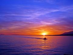 Puesta de sol en el Mediterráneo (Antonio Chacon) Tags: sunset españa atardecer mar spain day cloudy andalucia puestadesol málaga marbella potd:country=es