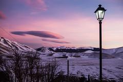 Nubi lenticolari / Wave clouds (Michele Massetani) Tags: light sunset italy mountain snow clouds trekking canon tramonto mark wave ufo ii lee stuff neve di snowshoeing wilderness montagna norcia cose castelluccio nubi lenticolari