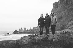 (Jaime Prez) Tags: ocean sea blackandwhite blancoynegro beach water mar iceland islandia agua rocks playa sland rocas vk ocano