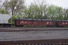 berea 103 (Fan-T) Tags: ohio covered gondola hopper cr conrail berea 623560 g42c