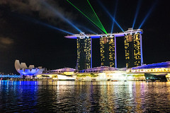 Laser show (ywpark) Tags: singapore sony marinabay carlzeiss a6300 sonnarte1824
