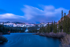 Lower Twin Lakes - Wind Storm #7382 (www.karltonhuberphotography.com) Tags: california longexposure lake snow motion nature water lines weather forest landscape earlymorning windy lakeside naturalworld windblown softlight sierranevadamountains easternsierra 2016 snowcappedpeaks landscapephotography thethumb lowertwinlake extreams horizontalimage mammothlakescalifornia karltonhuber