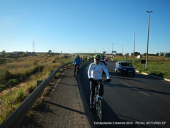 EE16-084 (mandapropndf) Tags: braslia df omega asfalto pirenpolis pedal pir noturno apoio extremos mymi cicloviagem extrapolando