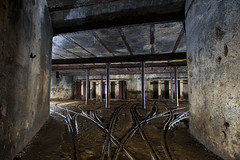 Gare souterraine (flallier) Tags: underground iron mine gare mining fer bton chemindefer voieferre piliers voietroite