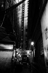 R0018191 (s|VILE|n) Tags: blackandwhite cityscape noiretblanc ricohgr philadelphia
