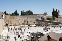 The Western Wall, Jerusalem. (Phil Royall) Tags: israel jerusalem jewish westernwall x100