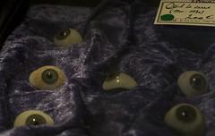"""J193/365 """"Oeil du diable"""" (manon.ternes) Tags: photography photos paris photographie projet365 personne projet pink personnes 365project 365days 365 étudiante student fille girl weird cabinetdecuriosité bizarre strange horror expérience crane oeildeverre squelette bird darkbird dark noir black yeux eyes"""