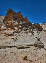 Hankar Castle (Modesto Vega) Tags: india castle rock nikon stupa ladakh rockformation jammukashmir d600 markhavalley