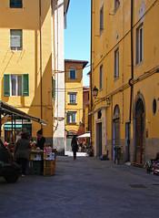 Pisa (Maxofmars) Tags: street city italy calle europa europe strada italia strasse ciudad via pisa stadt toscana rue toscane carrer italie ville citta straat pise