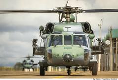 Black Hawk (Fora Area Brasileira - Pgina Oficial) Tags: fab taxi helicoptero campogrande helicopteros exercicio bacg forcaaereabrasileira brazilianairforce combatsearchandrescue h60blackhawk asasrotativas exerciciocsar pistadetaxi