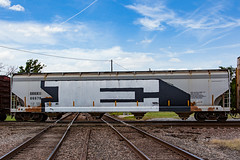 (o texano) Tags: bench graffiti texas houston trains freights eles wholecar benching