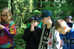 Waiting to Hike (wildliferecreation) Tags: washington urbanforest bothell northcreekforest