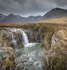 Allt Coir a Mhadaidh, The Fairy Pools - 2 (Phil Hunter (VividVista)) Tags: black skye rock scotland waterfall nikon glen inner fairy pools cuillins isle allt polls hebrides d800 brittle mhadaidh a vividvista coir