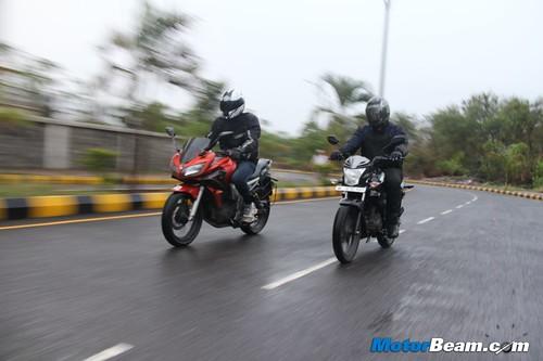 Yamaha-Fazer-vs-Honda-CB-Trigger-19