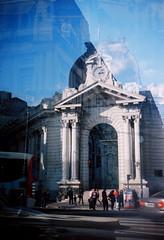 Banco de La Nación (15:04) (Natansc) Tags: argentina de la kodak buenos aires low banco hobby double exposition plata pelicula fi filme dupla exposição rollo analogic nacion analogico