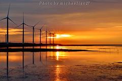 DSC_2185~3享受這片刻美景(Sunset at Kaomei Wetland 高美溼地) (michaeliao27) Tags: