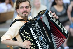 the accordian man (pranav_seth) Tags: vienna wien street music austria artist streetphotography accordian