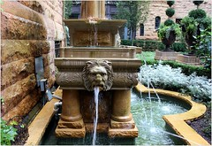 The Ransom Cable Mansion (BalineseCat) Tags: house chicago fountain cable mansion ransom